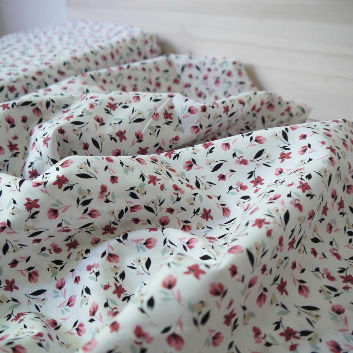 Baptiste-de-coton_Petites-fleurs_BLANC-01